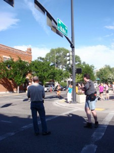 Coach Greg cheering on Laura on her second lap of the Beauty and the Beast competitive run in Main Street Mile 2012
