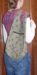 Clarissa bag hangs comfortably over the shoulder