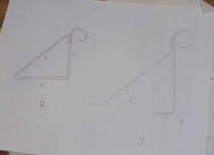 sketch of metal triangle supports