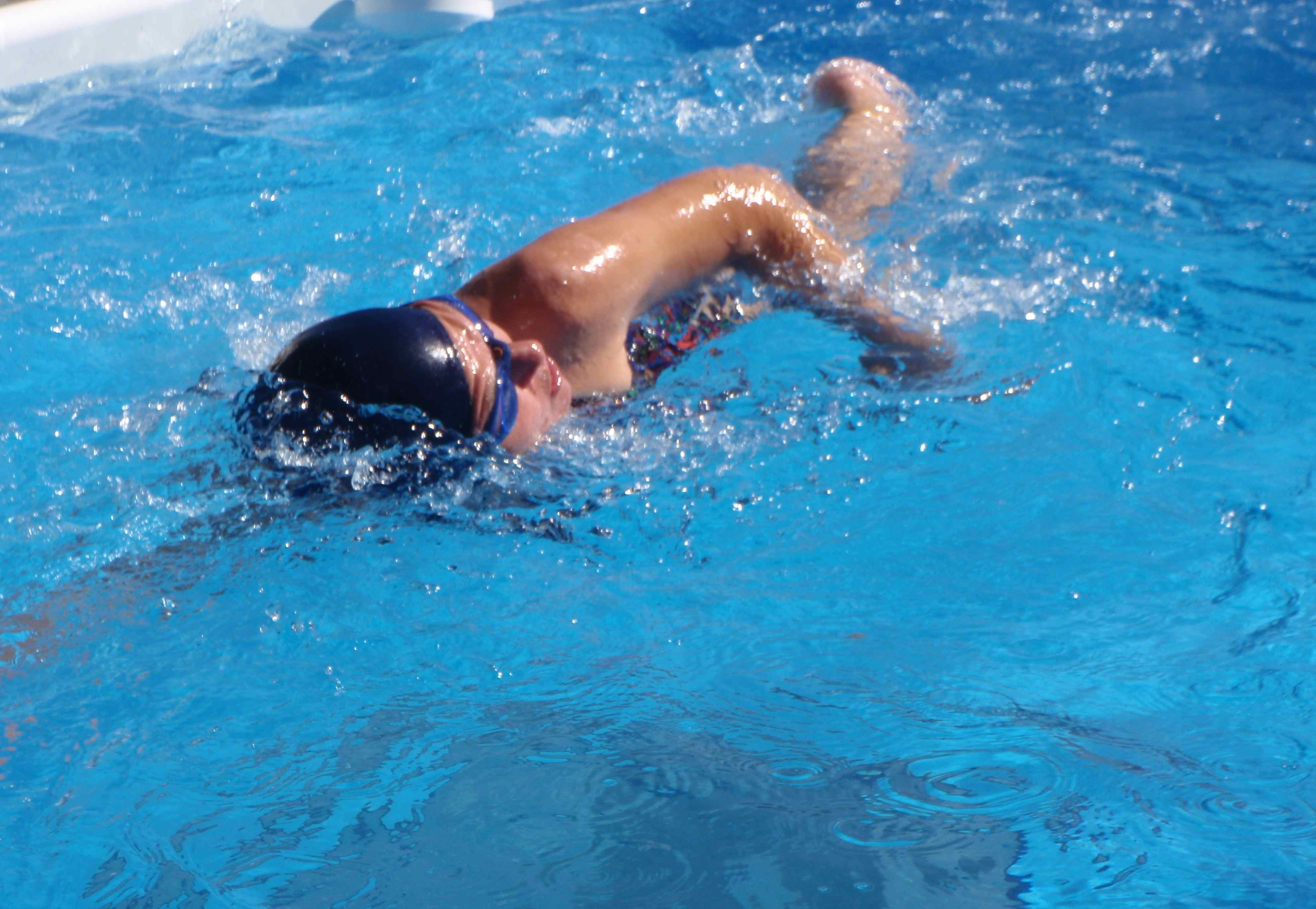 How We Swim Straight in the Endless Pool Fastlane Current ...