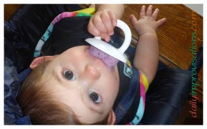Trying to get a good photo of how the Munchkin pops are easy for the little ones to hold and fit in their mouths well.